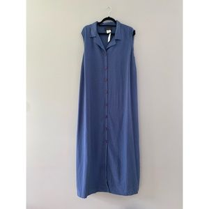 connected woman dress sleeveless button front NEW